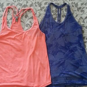 2 workout tank tops